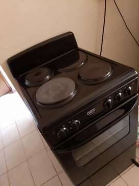 Defy 3 plate plug in stove