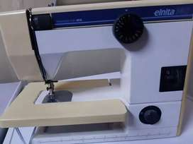 Eliana sewing machine and kit included