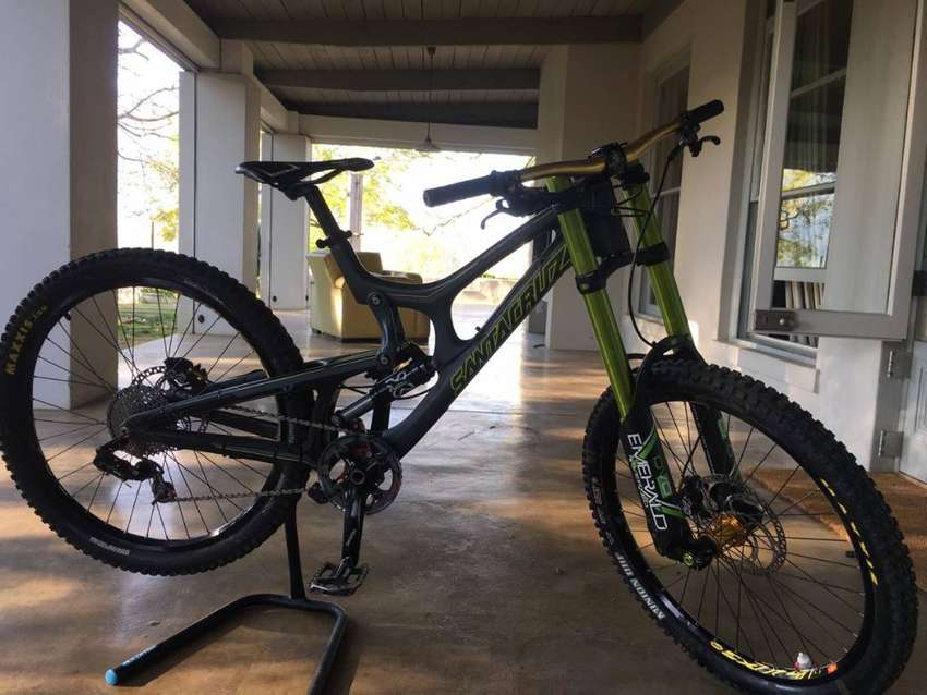 Downhill MTB for sale 0