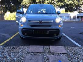 Neat 2014 Fiat 500 L Lounge for sale