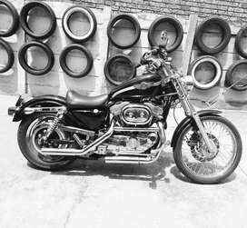 883XL Sportster 100 Year Centenary Edition