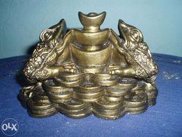 Продается символ богатства по фен-шуй трехногая жаба