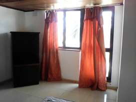 Rooms to rent in large house in Milnerton