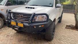 3.0 D4D Hilux LOADS OF EXTRAS