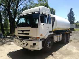 NISSAN UD440 WATER TANKER 18000L WITH HYDRAULIC PUMP