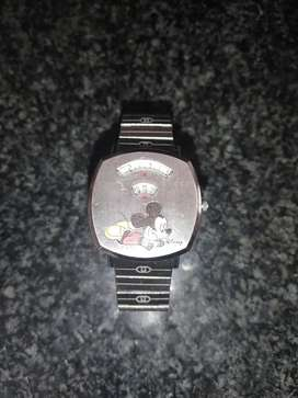 GUCCI MICKEY MOUSE MEN'S WATCH