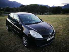 Neat Renault Clio III Good runner . Priced to Sell!