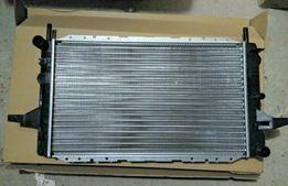 Радиатор Ford Sierra 1.6-2.0 OHC Форд сиерра сиера основной