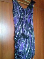sukienka SIMPLE z ozdobnym marszczeniem, pieknie sie układa