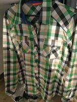 Modna koszula w kratkę z długim tekawm