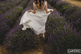 suknia ślubna zwiewna śmietankowa