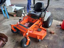 Double deef 360 turn ride on mower for hire