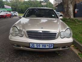 2002 MERCEDES Benz C180 Automatic with leather seats