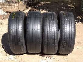 Set of 235/55/19 pirelli Runflat tyres for Mercedes & Bmw for sell
