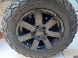 265/65R28 GFB tyres and rim