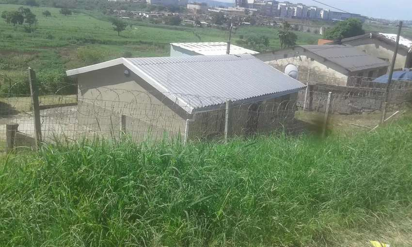 House for sale kwamashu fully renovated and fenced 0