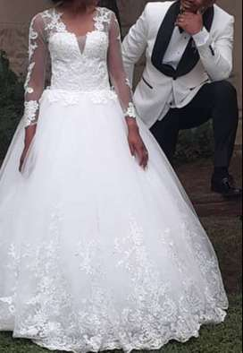 Wedding dress for sell S/M