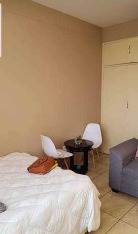 Room to rent along Beyers Naude Northcliff