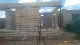 Unfinished house for sale,3 bed+2barth,living room and dining+garage