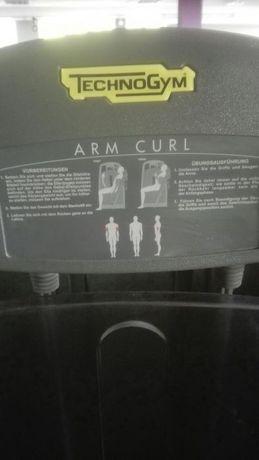 TechnoGym Arm Curl Szczecinek - image 2