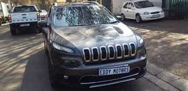 Jeep  Cherokee v6 3.2 limited Automatic