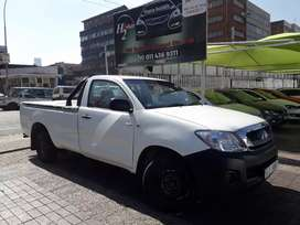 2010 q Toyota hilux bakkie on sale