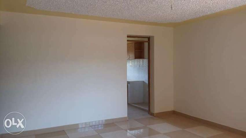 One bedroom to let in Donholm 0