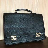 Продам женскую сумку портфель