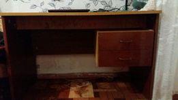 Продам ученический стол!