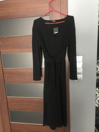Długa czarna wiązana w pasie prążkowana sukienka Bershka Sukienka maxi Stary Kisielin - image 2