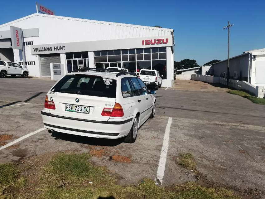 318i touring auto. Showroom condition. Car is in mint condition 0