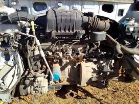 Hyundai i10 motor without the gearbox
