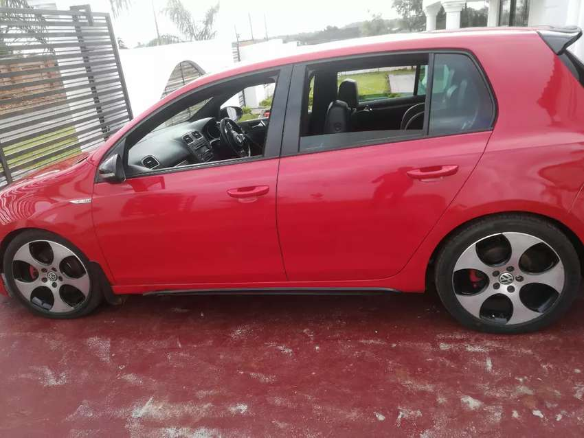 I'm selling my golf 6 gti dsg 2011 model 0
