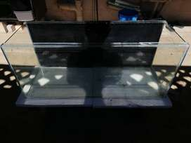 3ft fish tank with wooden lid for sale