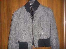 Женская куртка Состояние очень хорошее р.42