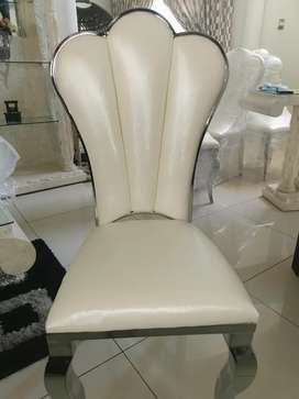 Dining room chairs R1500 each