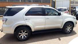 2012 Toyota Fortuner 3.0D 4D 4x4 automatic 160000km R230000