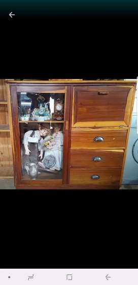 Good condition solid wood display storage unit with drinks cabinet