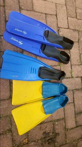 Medium Size Scuba Fins