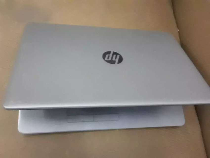 Hp laptop slim and lite amd 0
