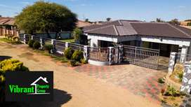 A 4 Bedroom House for Sale in Golfview, Mahikeng