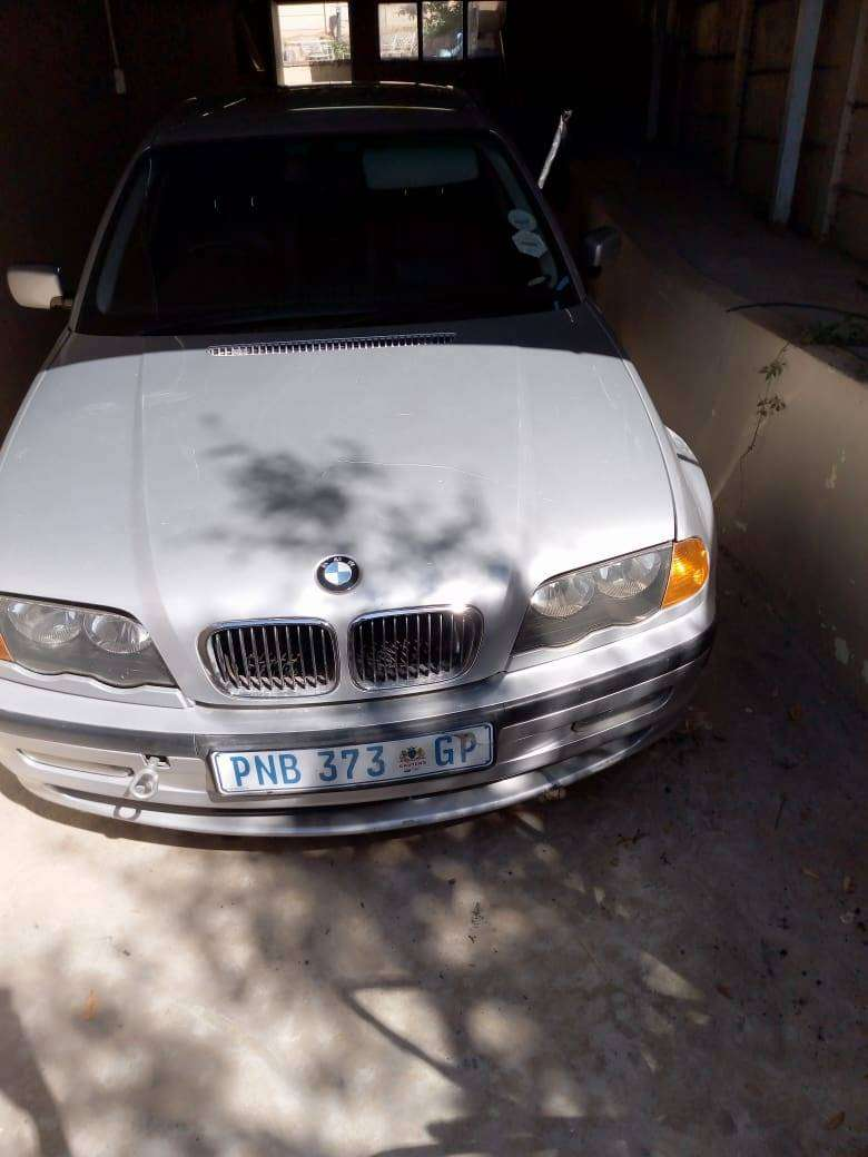 used BMW 323i 2007 body for sale 0