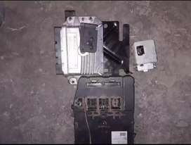 Renault computer box and transporter key