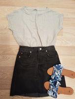 Bluzka / sweterek z krótkim rękawem rozmiar S