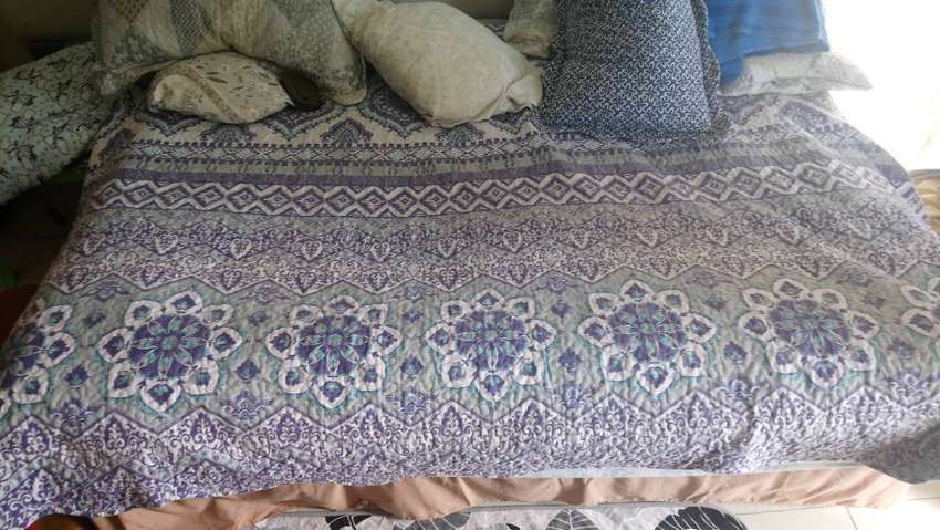 Queen Bed ( Matress and Base ). 0