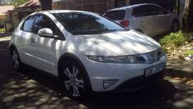 Honda civic 1.8 vtec Automatic services book