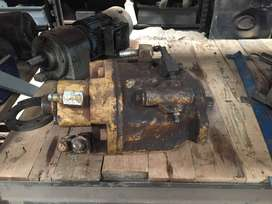 CATERPILLAR 428B TLB HYDRAULIC PUMP