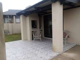 Furnished 3 bedroom townhouse in Kidd's Beach complex