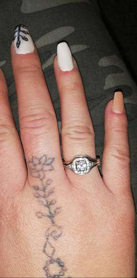 Silver woman ring for sale
