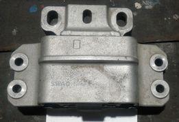 Подушка двигателя SWAG 32922724